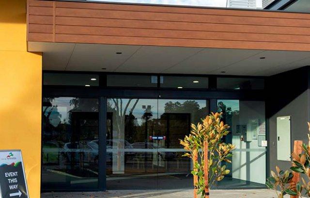 Kelmscott Hall foyer area