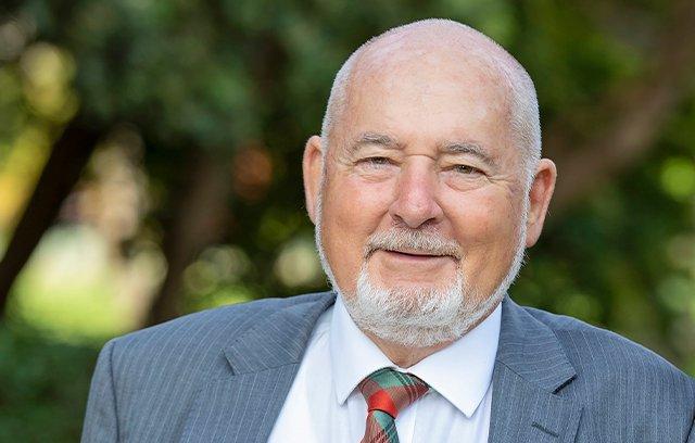 Cr Jeff Munn, CMC